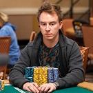 Роман Коренев в топе чипкаунта NLH-турнира WSOP за 1 500$