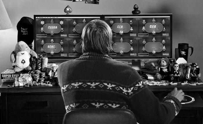 История онлайн-покера