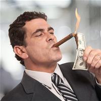Банкир украл 38 миллионов для азартных игр