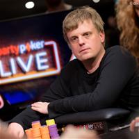В турнире хайроллеров PartyPoker Millions лидирует Войтех Ружичка