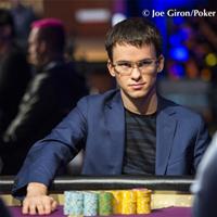 Тимофей Кузнецов лидирует в турнире 2016 Super High Roller Bowl $300 000