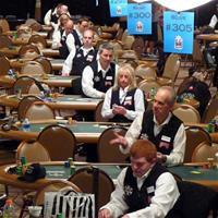 Сколько зарабатывают дилеры на WSOP?