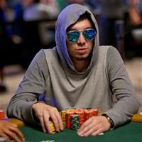 Россияне лидируют на WSOP Event 58: 1000$ NLHE
