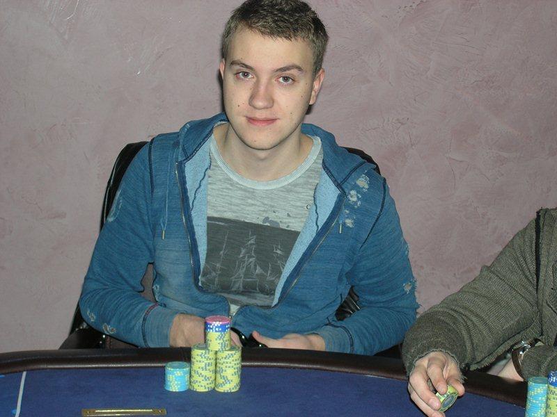 Роман Романовский: «Выиграл два турнира, но сессию закончил в минус»