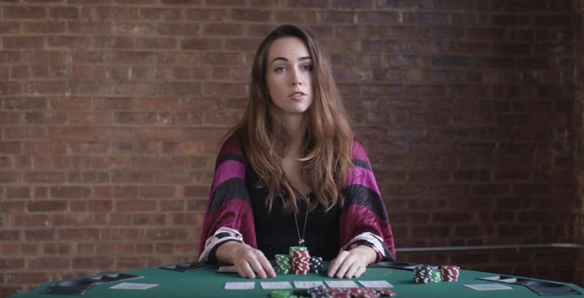 Лив Боэри снялась в благотворительной рекламе