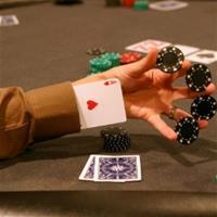 Покерных дилеров поймали на мошенничестве