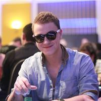 Роман Романовский выиграл ребайник на PokerStars