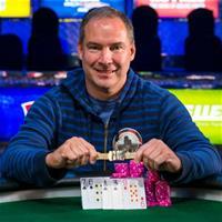 Шестикратный чемпион WSOP обвиняется в мошенничестве