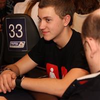 Роман Романовский взял 3 выходных после 16-часовой сессии