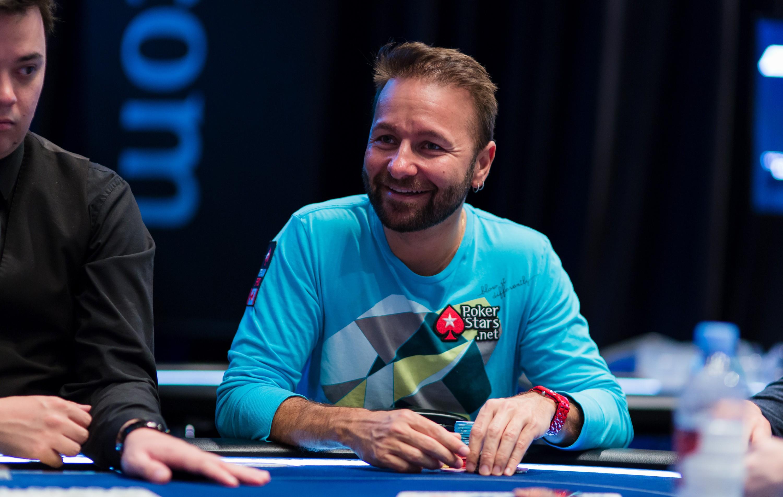 Даниэль Негреану посоветовал пару интересных покерных книг