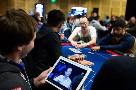 Мнение покеристов про пенальти Кассуфа, разговоры и слоуплей за столом
