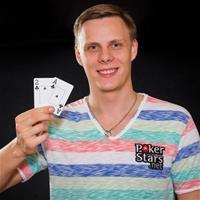 Михаил Шаламов профессионально играет не только в покер