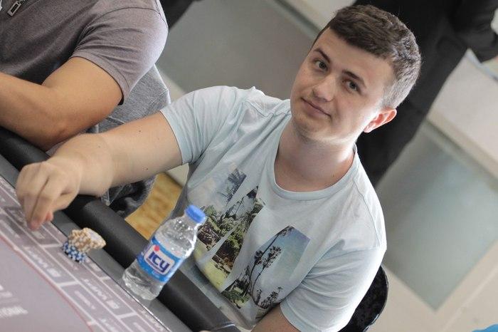 "Александр ""gnat777"" Гнатенко"