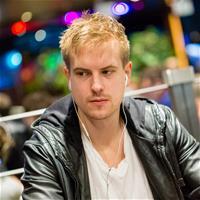 Виктор Блом: «Я никогда серьезно не изучал саму игру, не смотрел специальные видео»